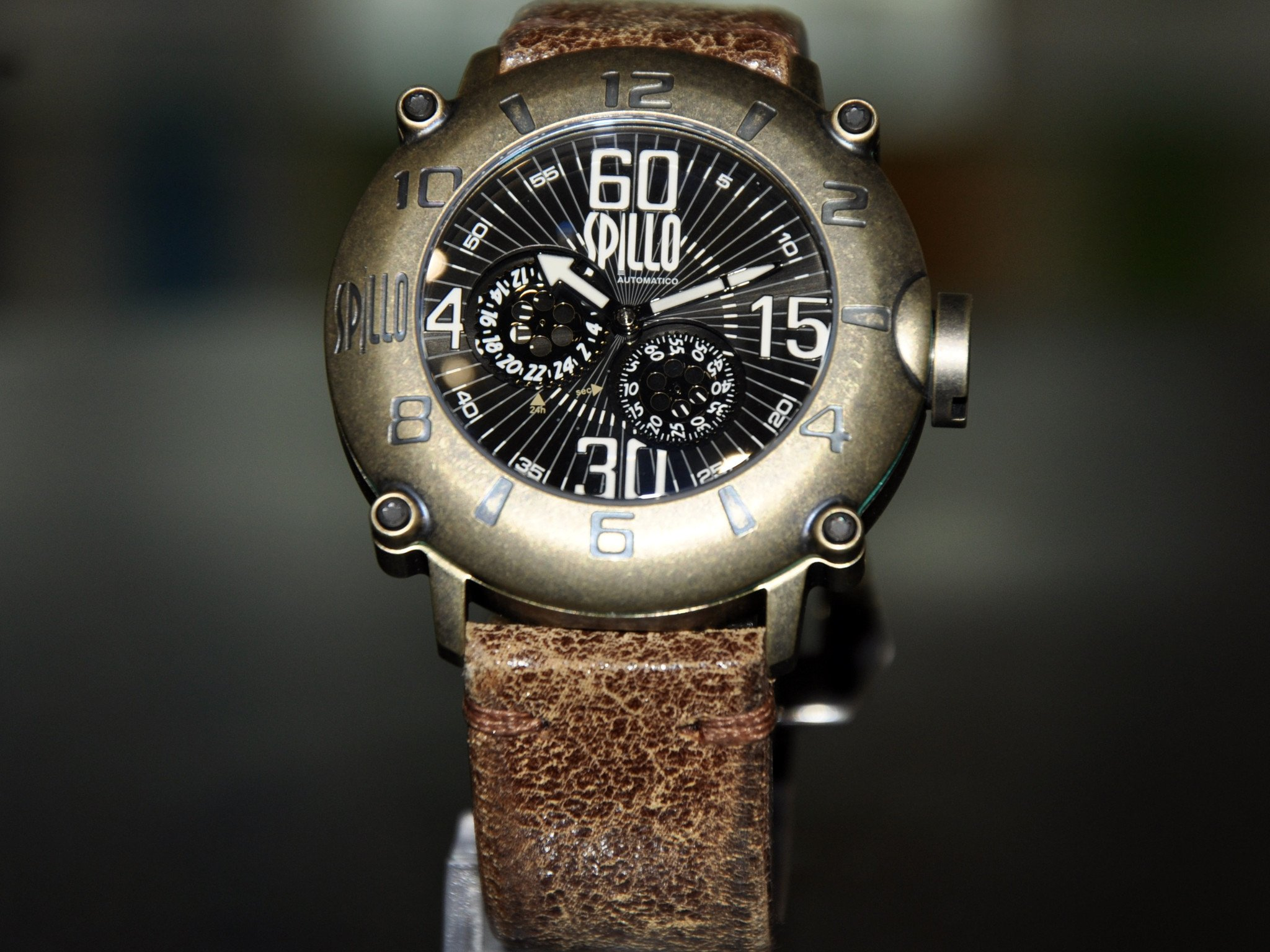 Spillo Outlaw/ Bronze And White