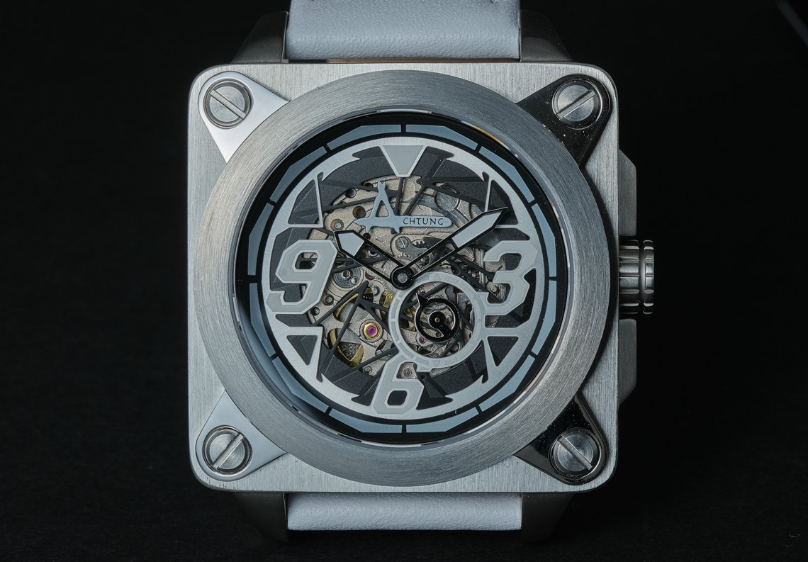 Achtung Skeleton / Steel White